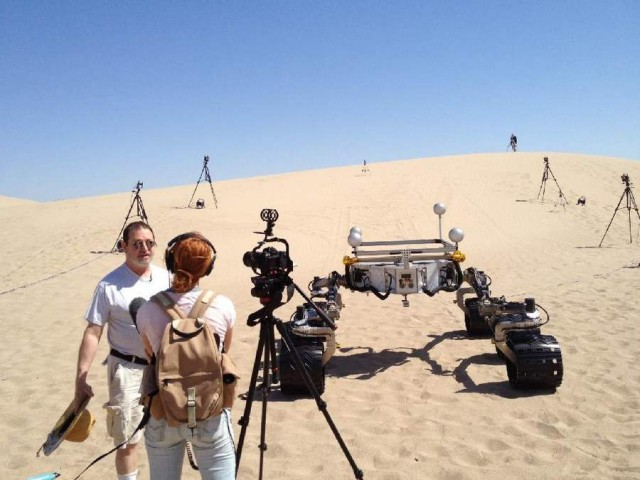 Testing NASA Curiosity rover on California sand dunes