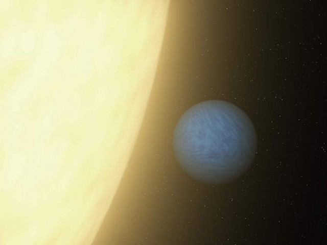 Super Earth 55 Cancri e, orbits 55 Cancri