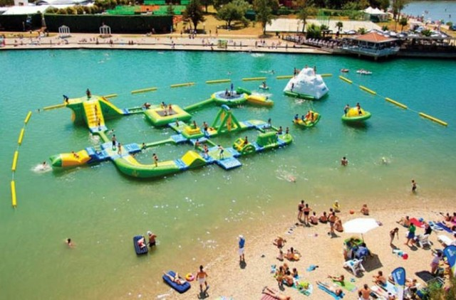Wibit Inflatable Water Park (1)