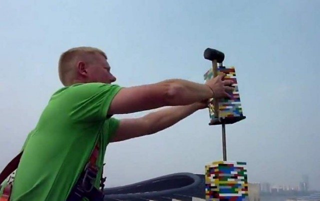 World's tallest Lego Tower (5)
