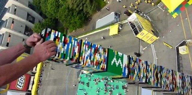 World's tallest Lego Tower (4)