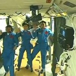 China's first manned space docking (video)