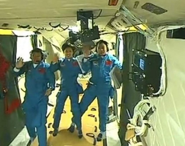 China's first manned space docking in the Tiangong-1