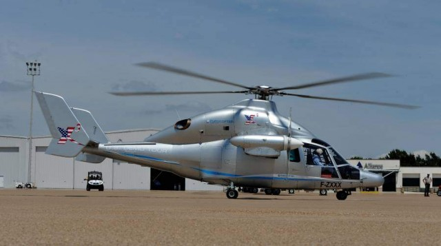 Eurocopter X3 - 1st Flight over US (3)