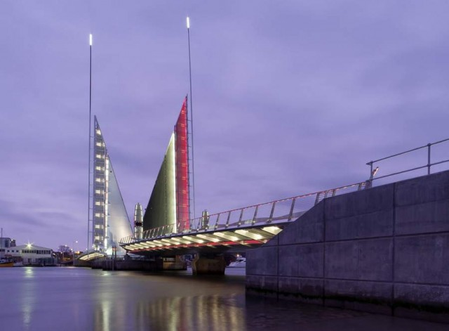 Twin Sails Bridge by Speirs - Major and Wilkinson Eyre