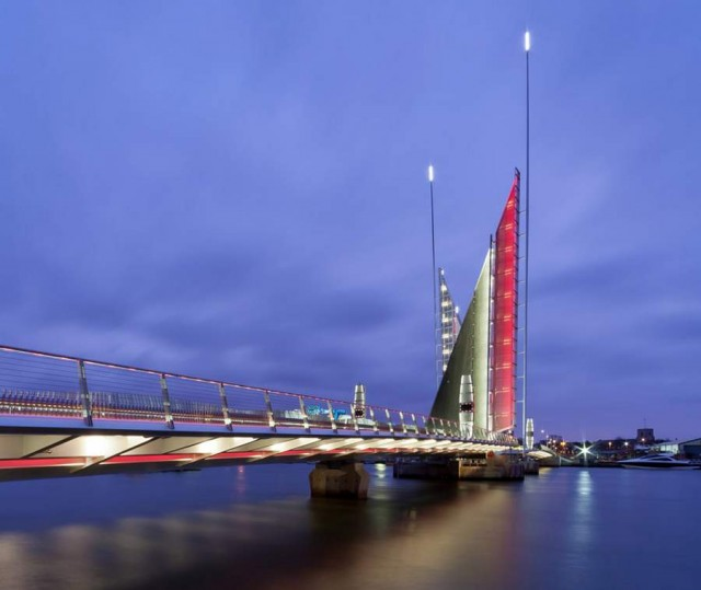 Twin Sails Bridge by Speirs - Major and Wilkinson Eyre (4)