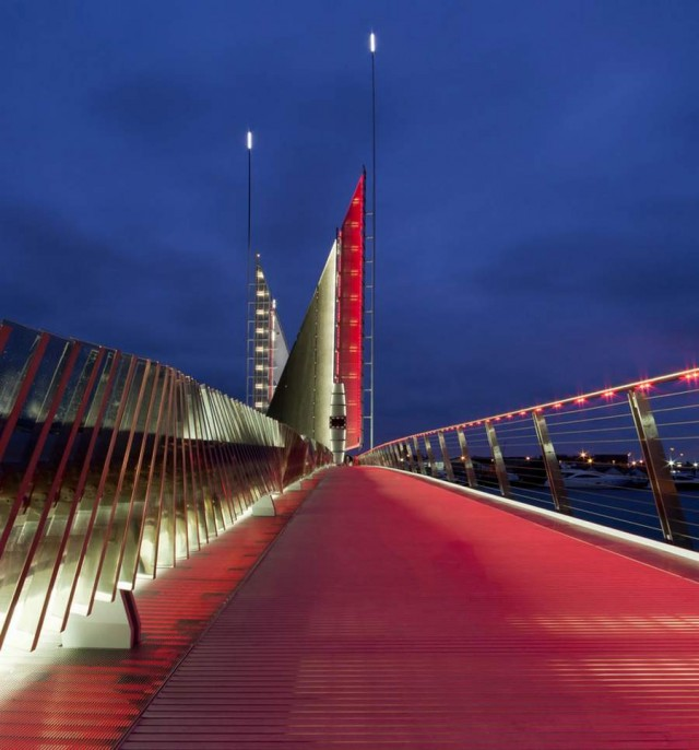 Twin Sails Bridge by Speirs - Major and Wilkinson Eyre (2)