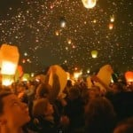 World record for the launch of paper lanterns (video)