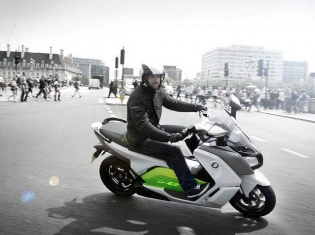 BMW C Evolution electric scooter (4)