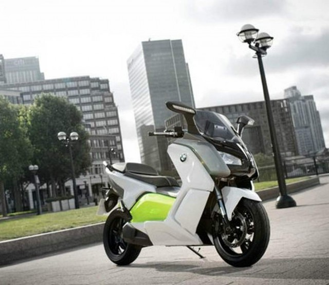 BMW C Evolution electric scooter (3)