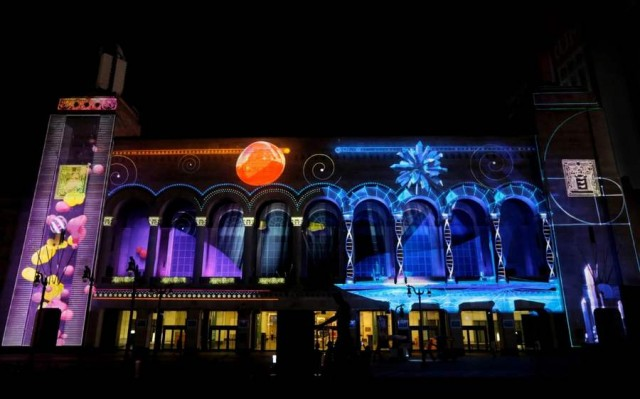Duality video mapping project by Moment Factory (3)