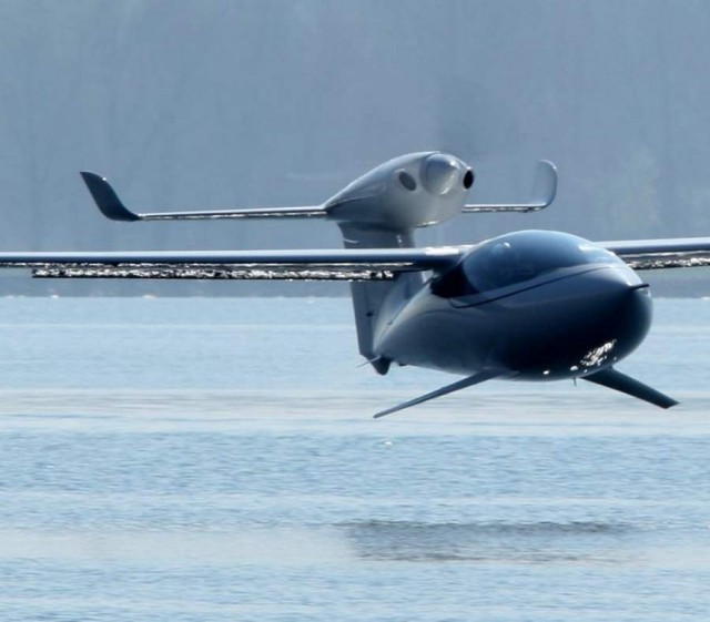 AKOYA amphibious airplane