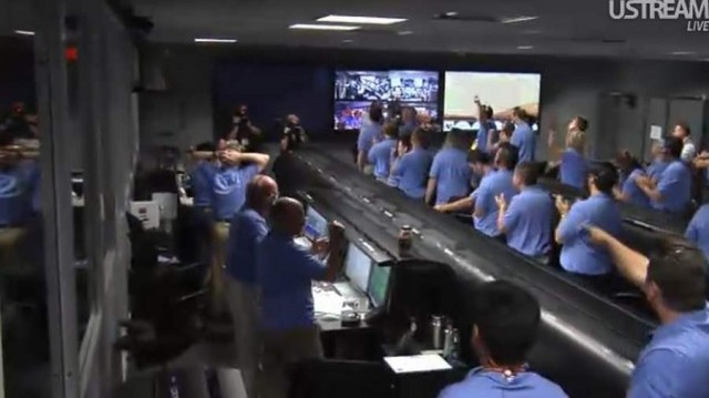 Live from JPL Mission Control (19)