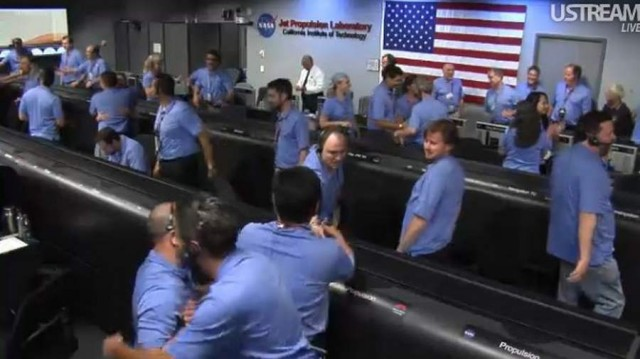 Live from JPL Mission Control (20)