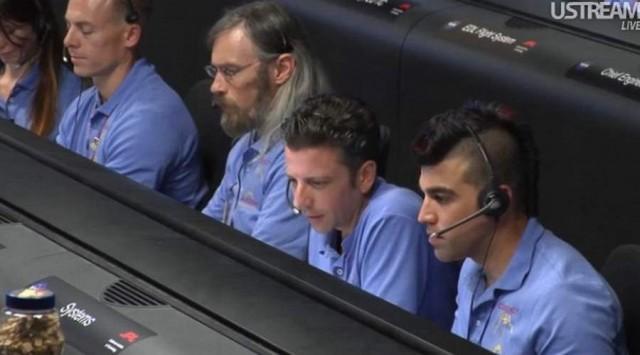 Live from JPL Mission Control (9)