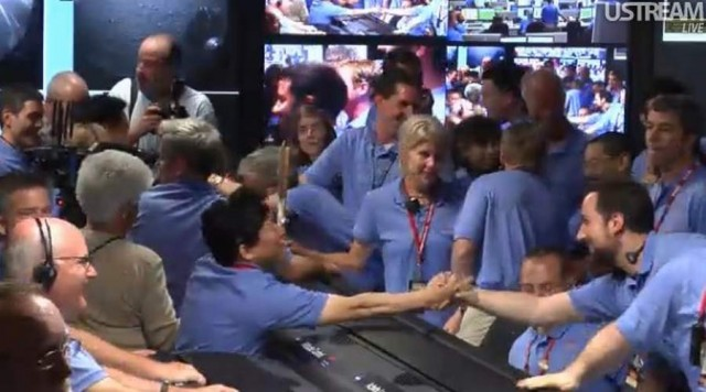 Live from JPL Mission Control (28)