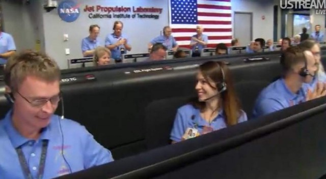 Live from JPL Mission Control (15)
