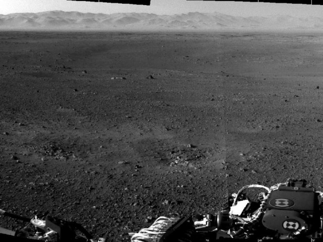 First two full-resolution images of the Martian surface