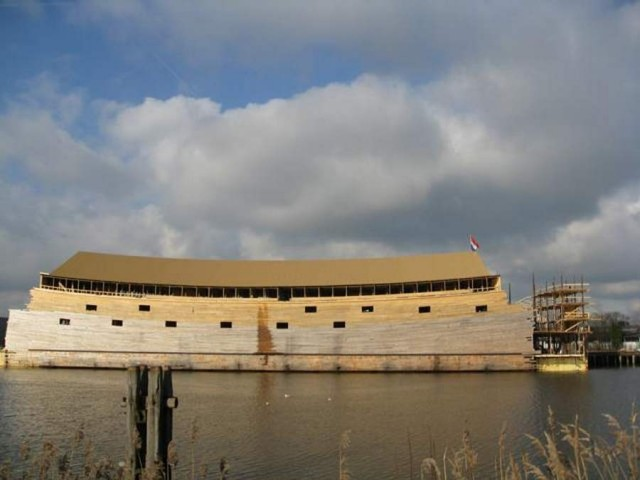 Full-scale Noah's Ark in the Netherlands (2)