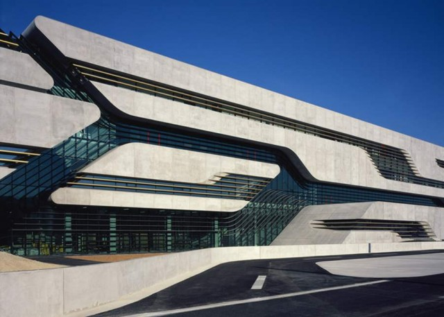 Pierres Vives in Montpellier by Zaha Hadid (10)