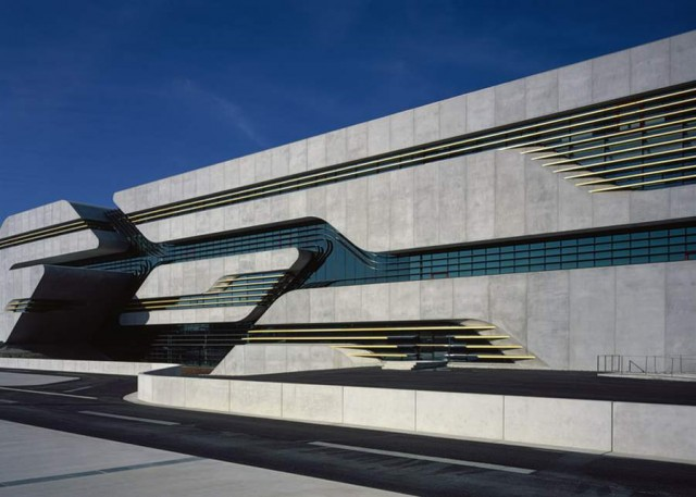 Pierres Vives in Montpellier by Zaha Hadid (9)