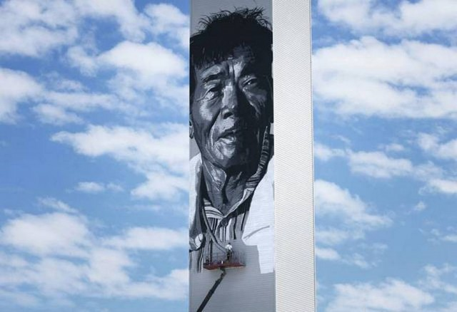 Asia's tallest mural by Hendrik Beikirch