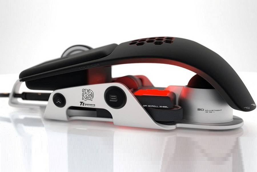 BMW gaming mouse level 10 M (5)