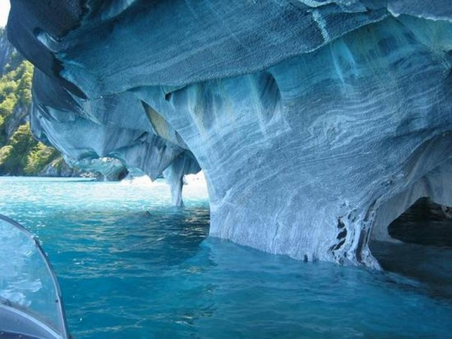 Marble Caves of Chile Chico (2)