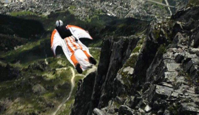 Jumping on a wing suite