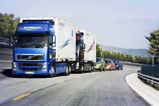 SARTRE autonomous road train project (2)