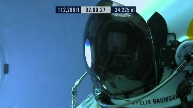 First man to break the Speed of Sound in Freefall (35)