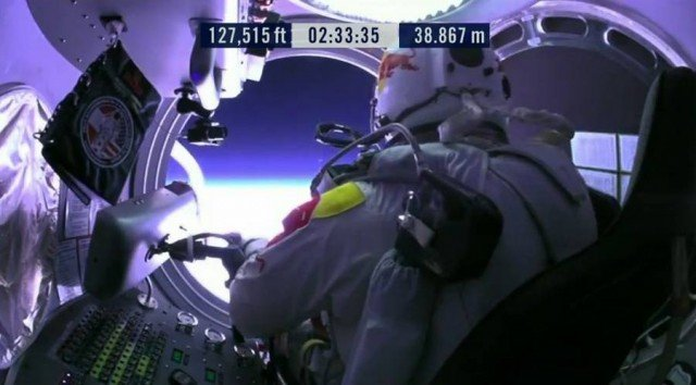 First man to break the Speed of Sound in Freefall (20)