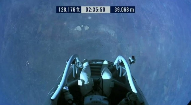 First man to break the Speed of Sound in Freefall (15)