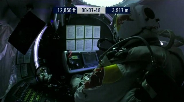 First man to break the Speed of Sound in Freefall (43)