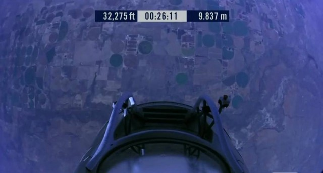 First man to break the Speed of Sound in Freefall (41)
