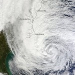 Huge Hurricane Sandy Live
