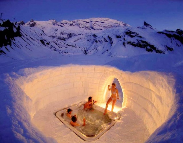 Igloo outdoor jacuzzi - wordlessTech