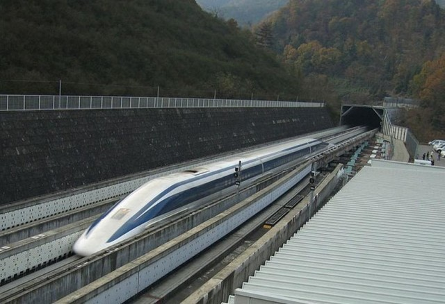 Japan unveils prototype of 310 mph Maglev Train