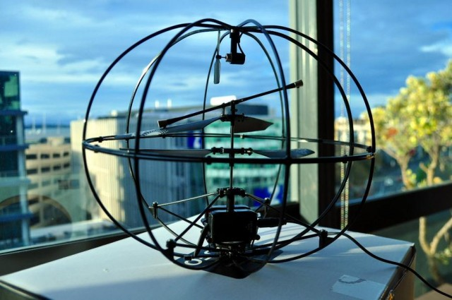 Puzzlebox Orbit- Brain controlled helicopter