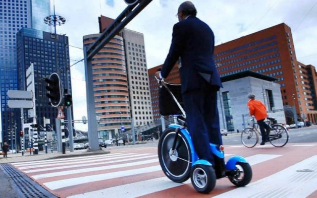 Qugo Personal electric transporter (1)