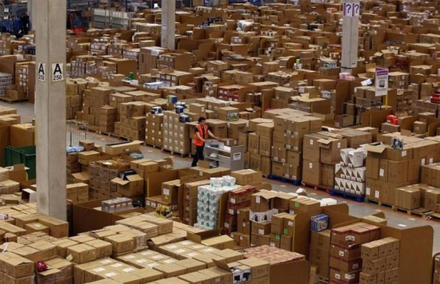 Amazon's warehouse (5)