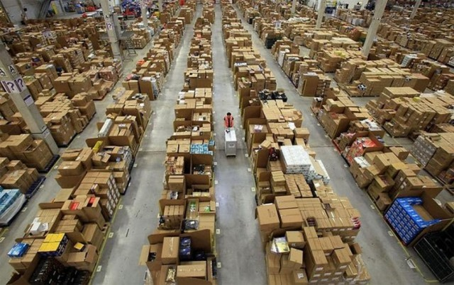 Amazon's warehouse (3)