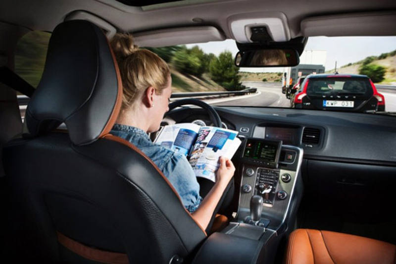 Volvo self-driving cars for 2014