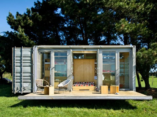 Port-a-Bach shipping container home by Atelierworkshop (7)