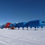 Antarctic research station that can walk