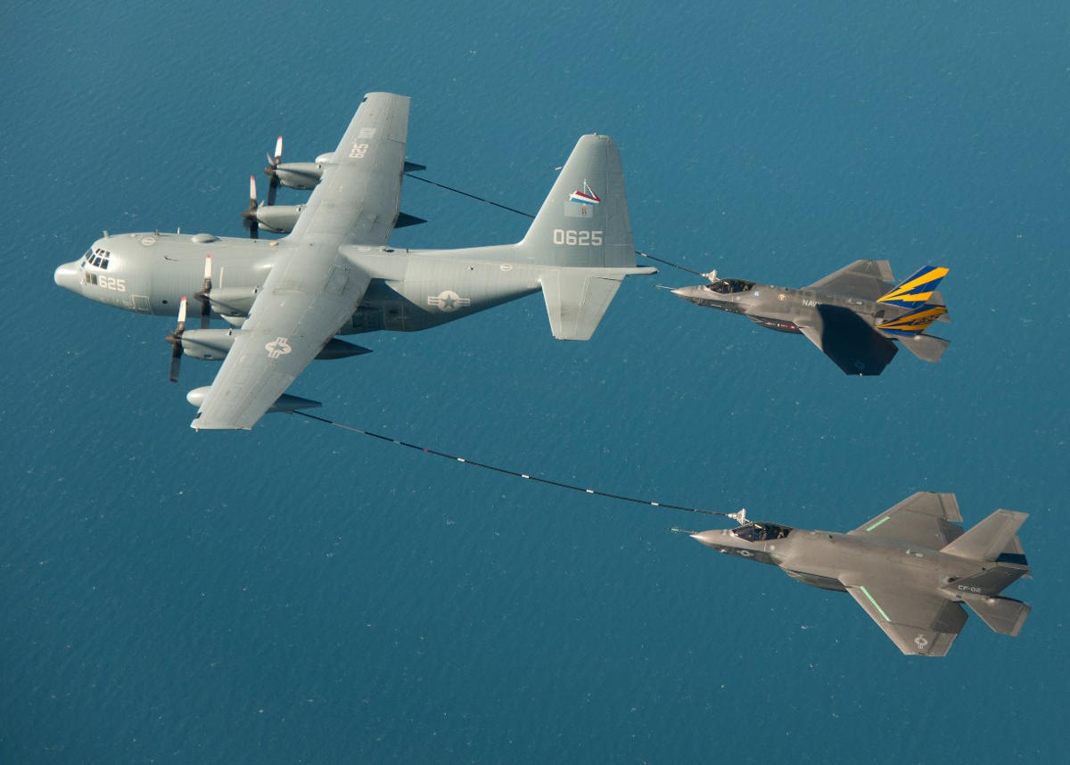 F-35C First in-Flight Dual Refueling