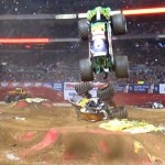 Grave Digger jumps over Maximum Destruction