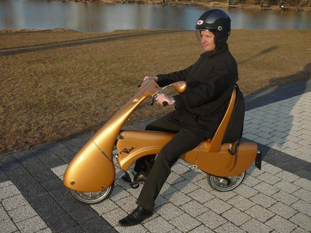 Moveo electric folding scooter (2)