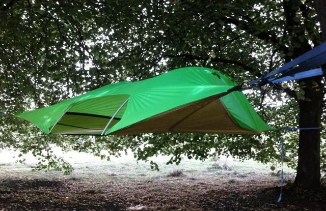 Tentsile Stingray suspended tent & Tentsile Stingray suspended tent | wordlessTech