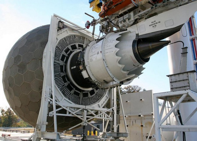 This is how GE Tests Jet Engines (1)